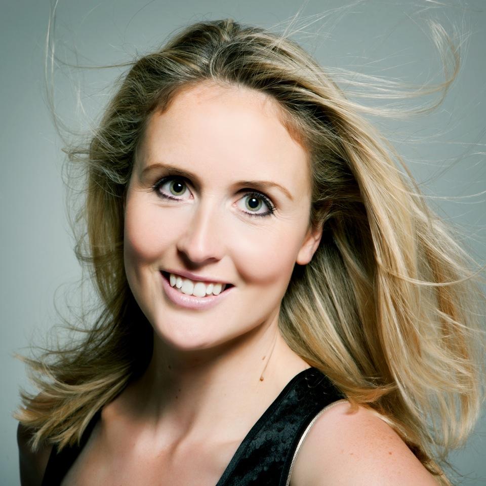 Chloe Bowler Headshot