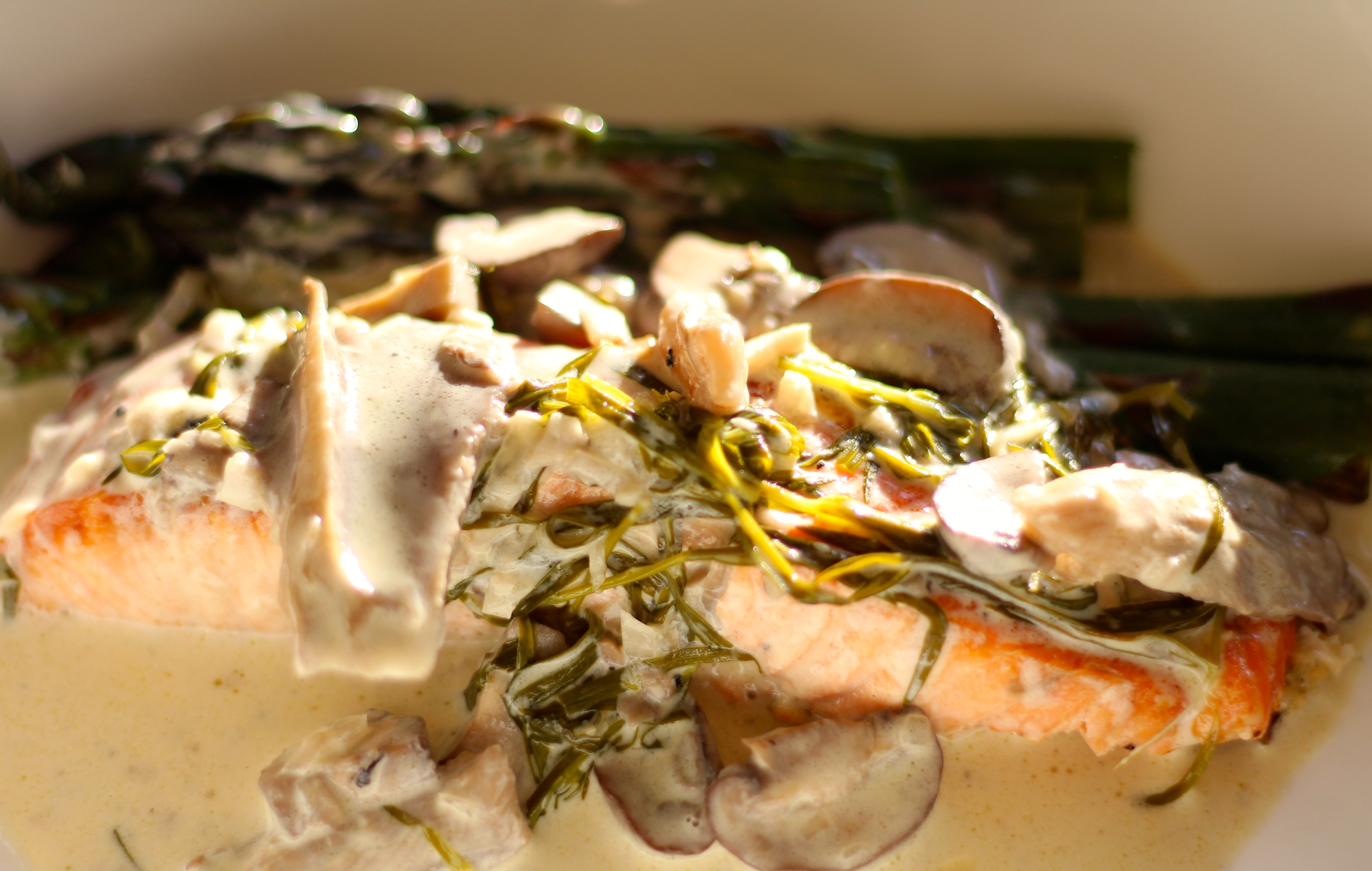 SALMON IN CHAMPAGNE SAUCE